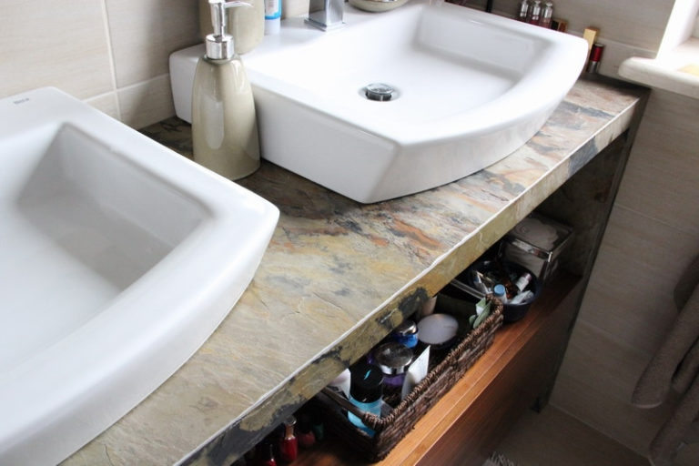 BathroomDesigns with Stacked Stone Tile