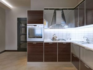 Everything-You-Need-to-Know-Before-Choosing-the-Perfect-Backsplash-for-Your-Kitchen-14-550x412