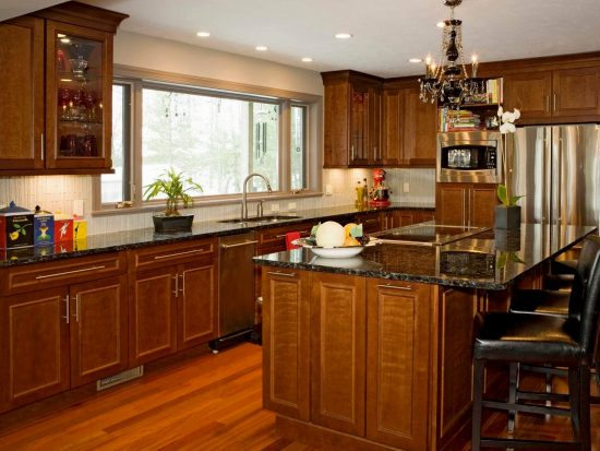 Everything-You-Need-to-Know-Before-Choosing-the-Perfect-Backsplash-for-Your-Kitchen-22-550x413