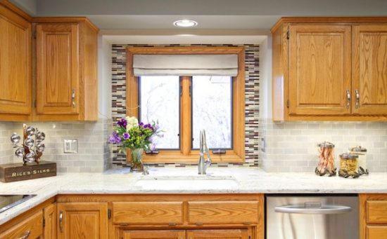 Everything-You-Need-to-Know-Before-Choosing-the-Perfect-Backsplash-for-Your-Kitchen-3-550x341