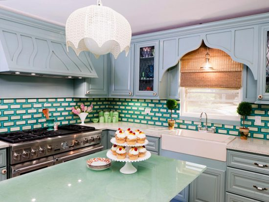 Everything-You-Need-to-Know-Before-Choosing-the-Perfect-Backsplash-for-Your-Kitchen-7-550x413