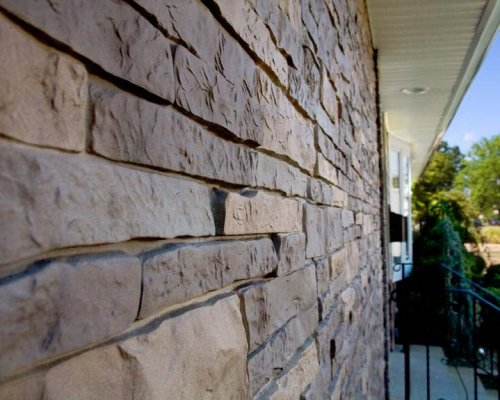 Stone Veneer Helps You Sell Your House