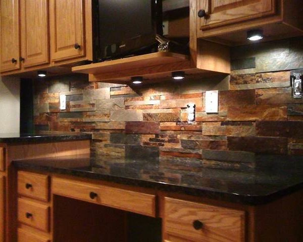 Tumbled Stacked Stone Backsplash