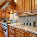 stacked-stone-backsplash-3-1-600x600